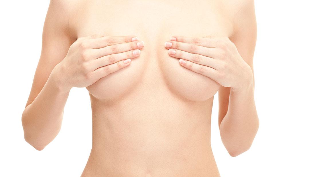 Los cirujanos plásticos, clave en los avances quirúrgicos de la mama