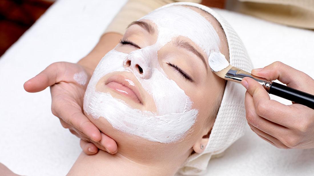 Peelings facials