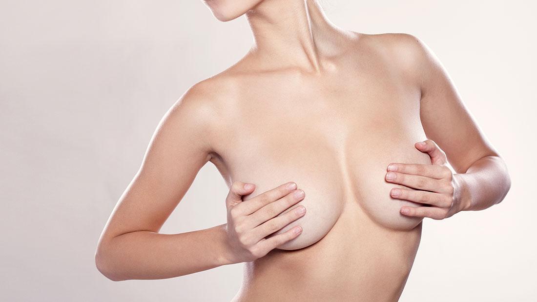 Implantes mamarios en Barcelona